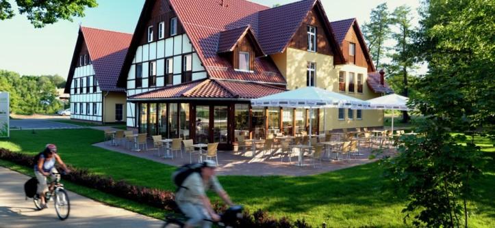 5444ccacb47ed_RS-hotel-charme-Burg-03096-exterieur-1